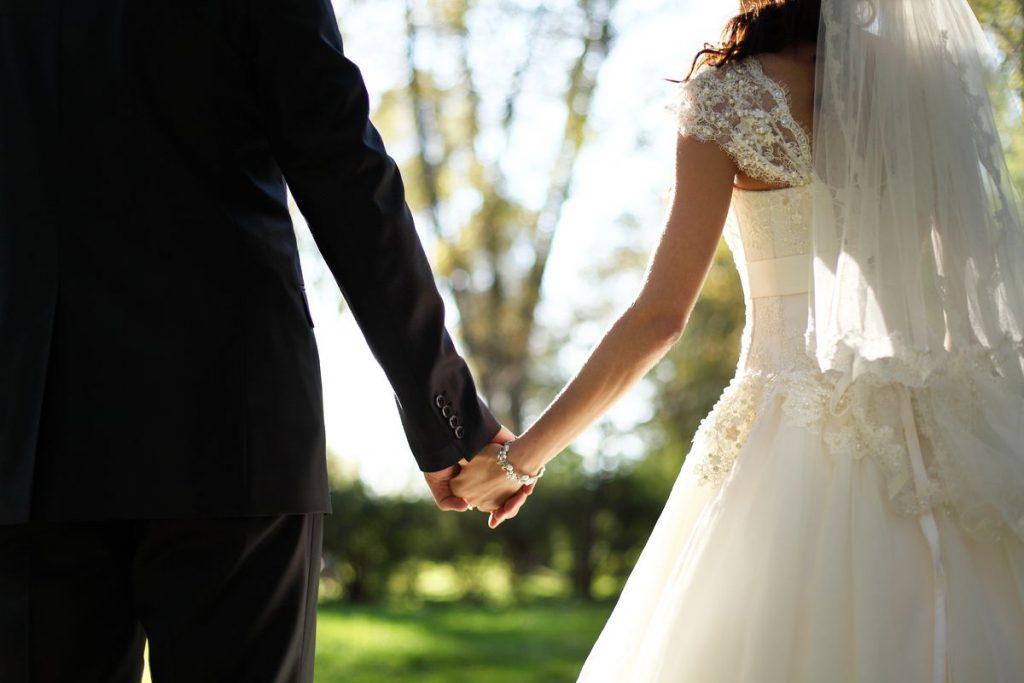 DRAMA NA VJENČANJU Majka ženila sina, a kada je ugledala biljeg na ruci nevjeste doživjela je šok