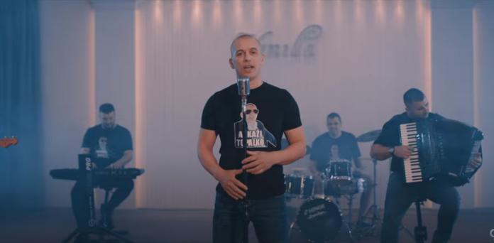 """Topalko izbacio novi cover """"Ustaj sine, zora je"""""""