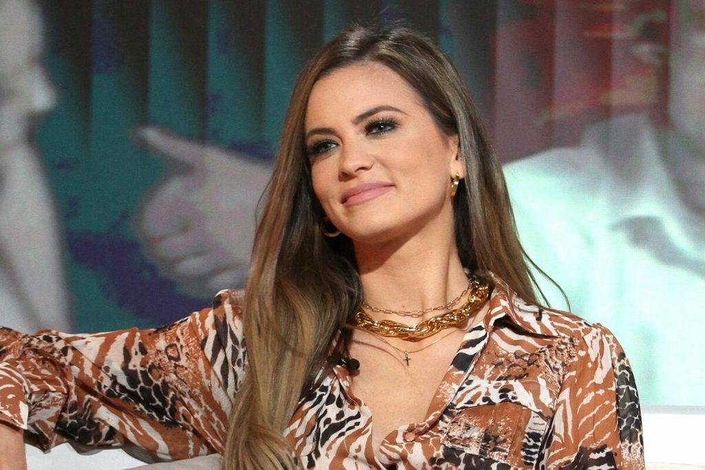 Milica Pavlović prekinula koncert zbog incidenta i održala lekciju tinjedžeru