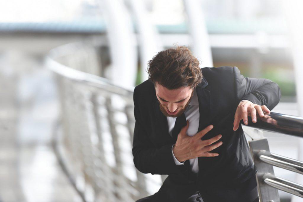 Simptomi koji upozoravaju vaše tijelo na infarkt mjesec dana ranije