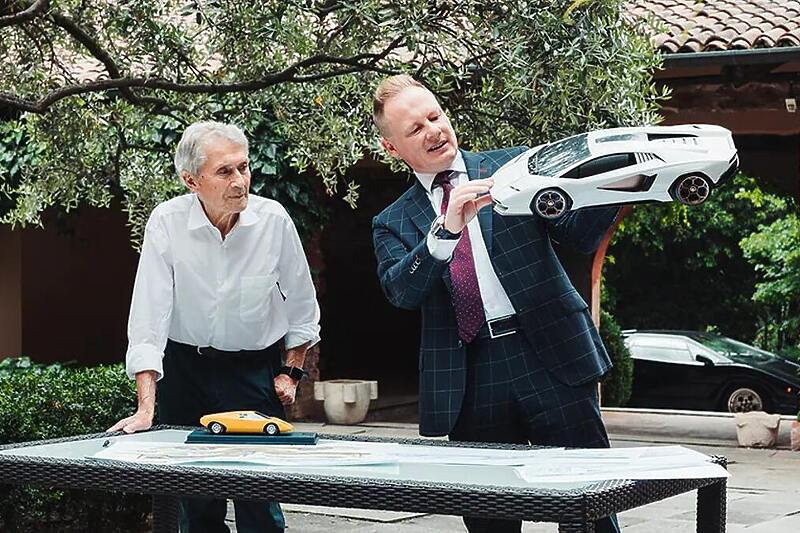 Dizajneri prvog i posljednjeg Lamborghini Countacha razmijenili iskustva