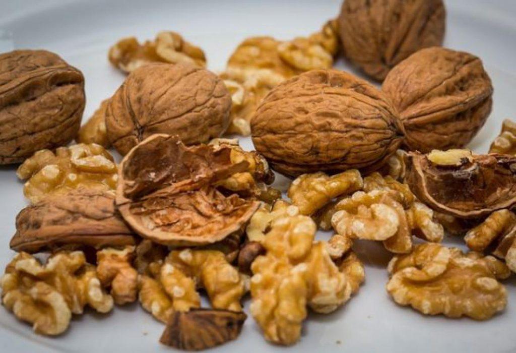 Svakodnevno konzumiranje oraha može smanjiti nivo holesterola